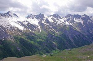 Les pentes Nord du Bric Froid depuis le Col Clapis